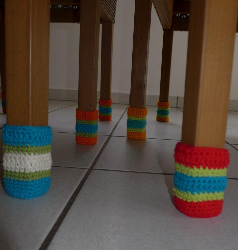 Stuhlsocken, Chair socks, Kratzschutz, Stuhlschutz, Häkelsocken