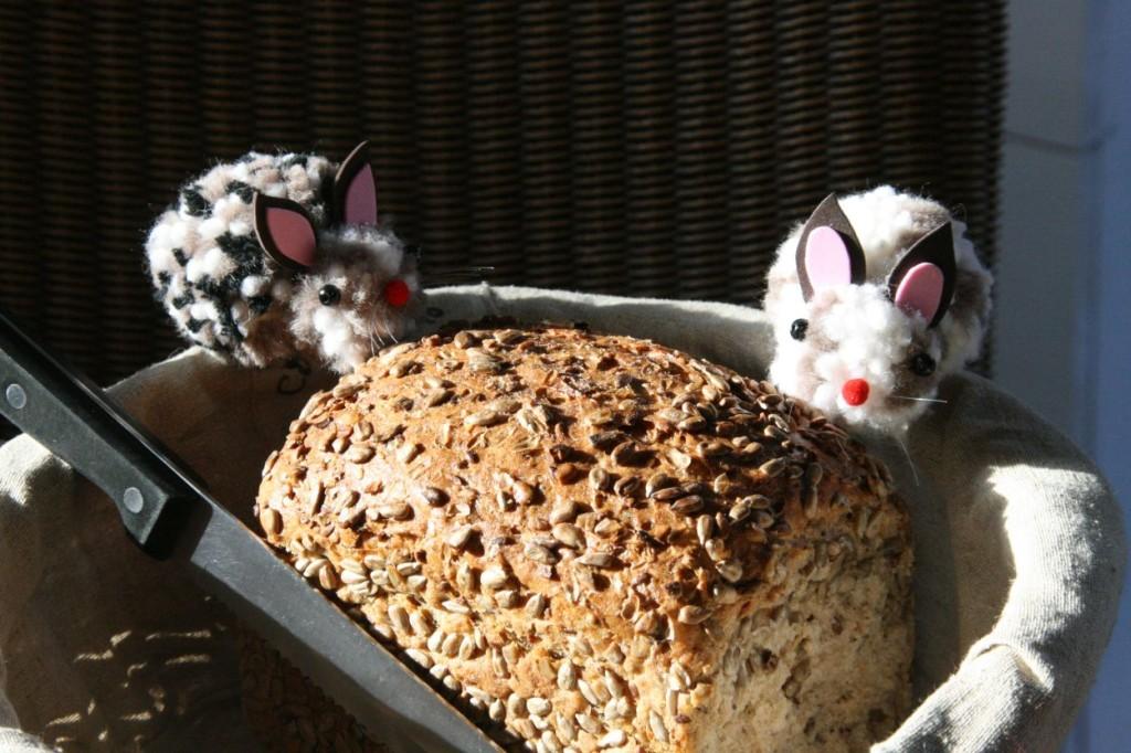 Osterhase, Osterfrühstück Pompomhase