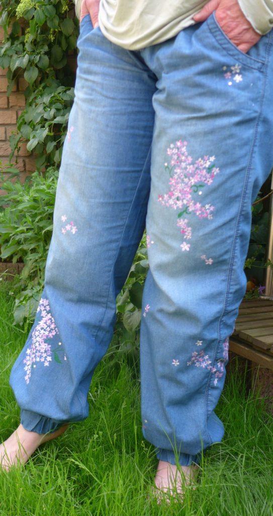 pimp up , Jeans bemalen Blumen