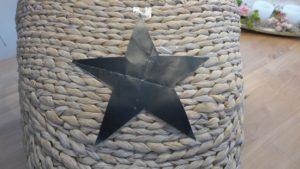 Wollkorb mit Stern